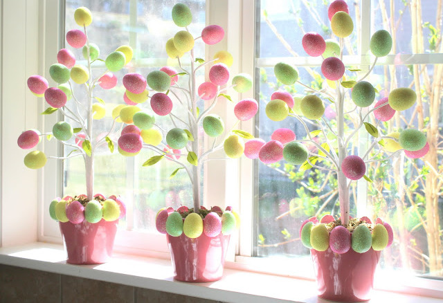 easter-egg-tree-cover