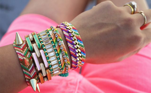 friendship-bracelets-1