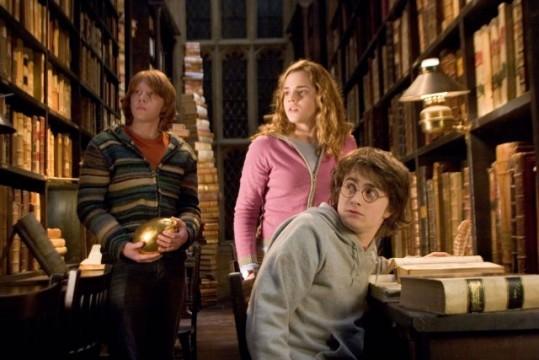 hogwarts-library