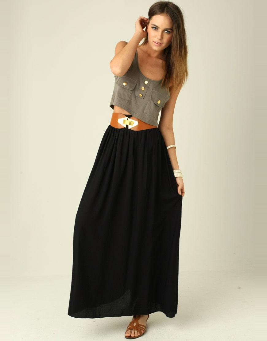 Μάξι φούστα με κοντό top και φαρδιά ζώνη 64922d8b988