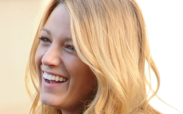 natural-make-up-blake-lively