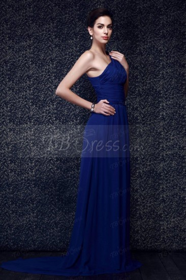 Φόρεμα με ένα ώμο για την κουμπάρα (62,49 δολλάρια tbdress.com)