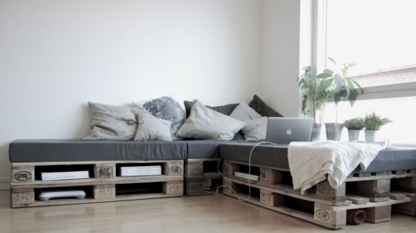 pallets-couch-3