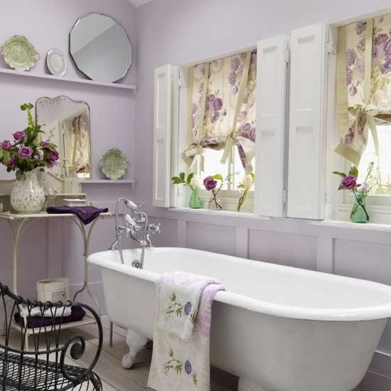 touch-of-color-bathroom