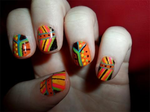 tribal-fluo-manicure