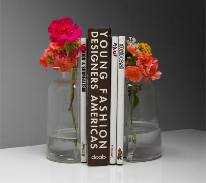 bookends-vase-flowers