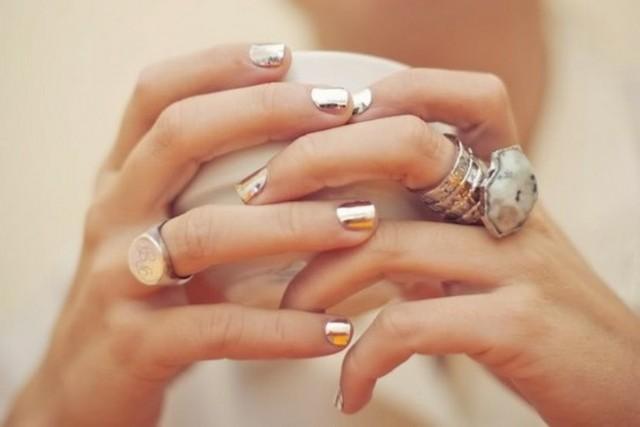 Whitney-Port-Metallic-Nails-Trend-10