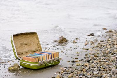 books-beach