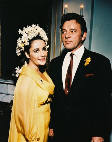 elizabeth-taylor-yellow-wedding-dress