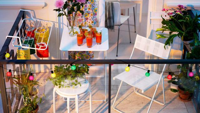 summer-party-balcony