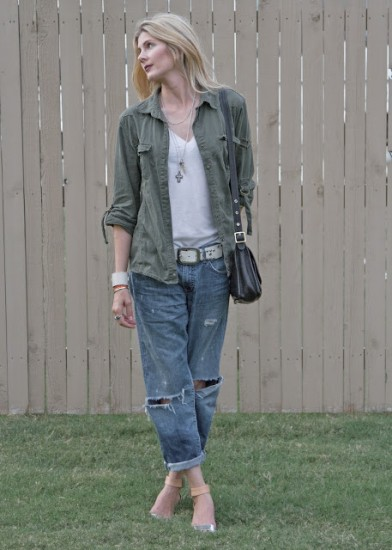 boyfriend-jeans-military-jacket