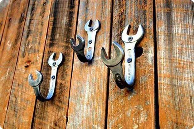 Πρωτότυποι γάντζοι (photo via tapiture.com)