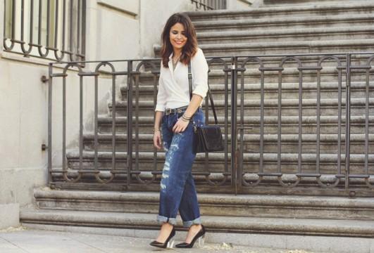 white-shirt-boyfriend-jeans