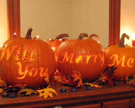 autumn-pumpkins-wedding-proposal