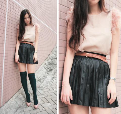 lolita-pleated-leather-skirt