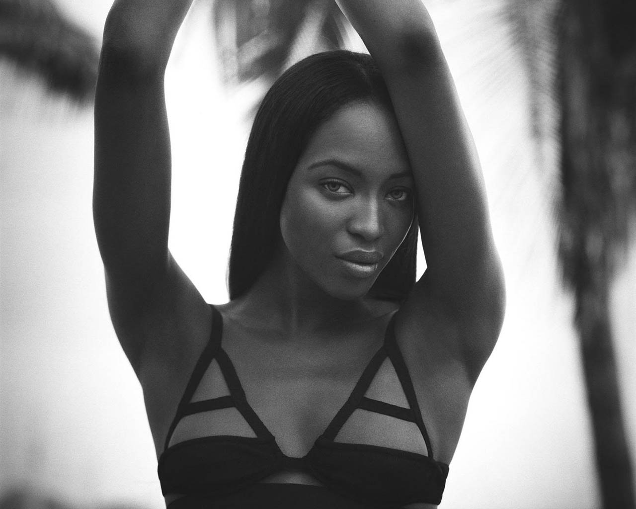 naomi_campbell_wallpaper_8-normal5.4