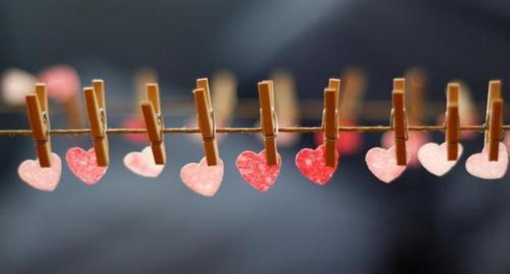 pegs-hearts-decor