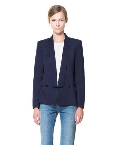 Zara μπλέϊζερ με γιακά σμόκιν 79,95€