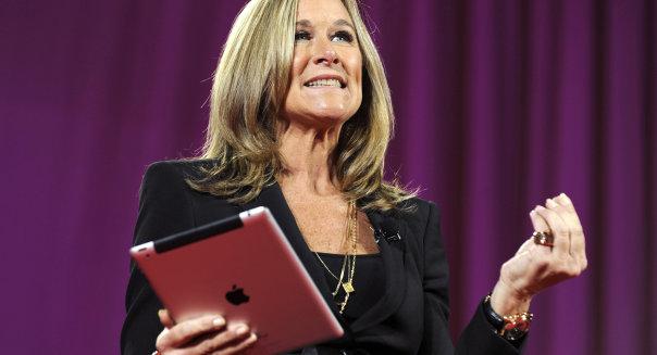 Η Angela Ahrendts είχε δείξει από πιο παλιά προτίμηση στα προϊόντα της Apple