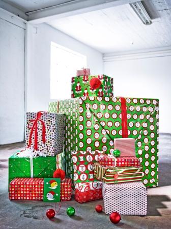 SNÖMYS κουτί δώρου 0,99€  SNÖMYS τσάντα δώρου 2,99€/2 τεμ.