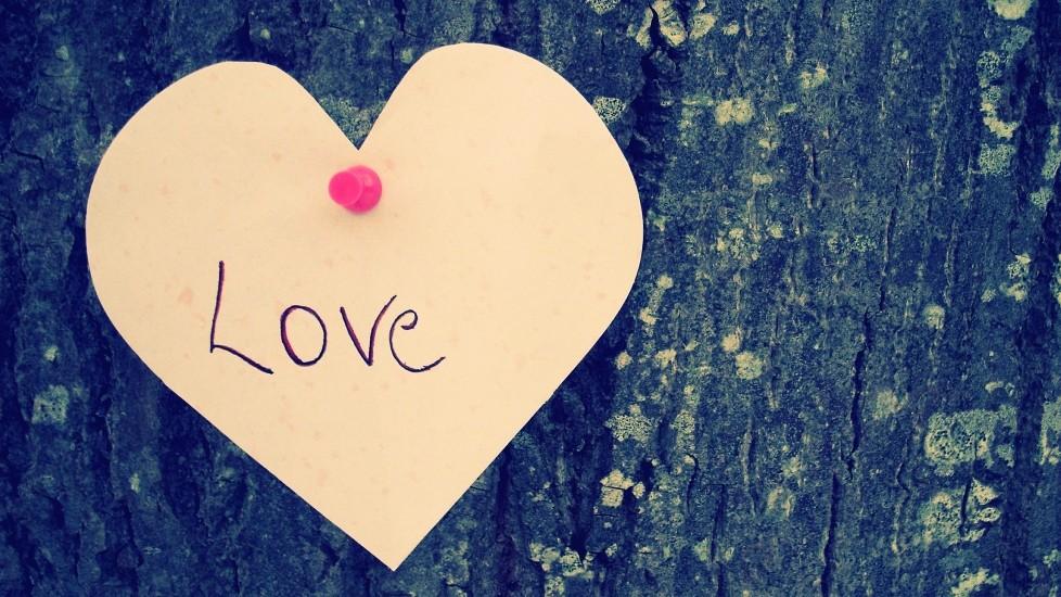 Valentine-Heart-Love-HD-Wallpaper1