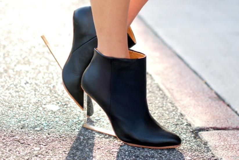 transparent-heels-booties