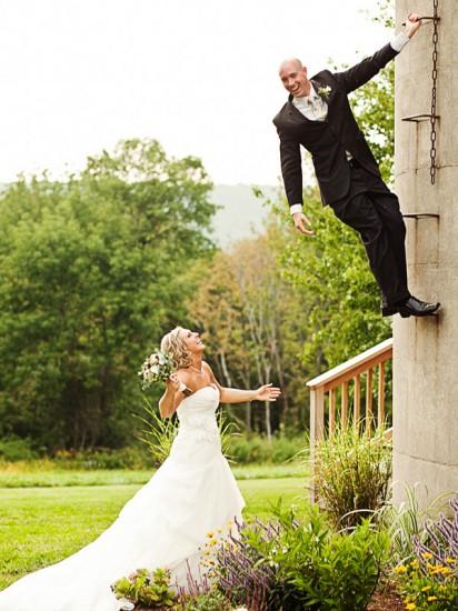 jayd-gardina-groom-climbing-silo_large