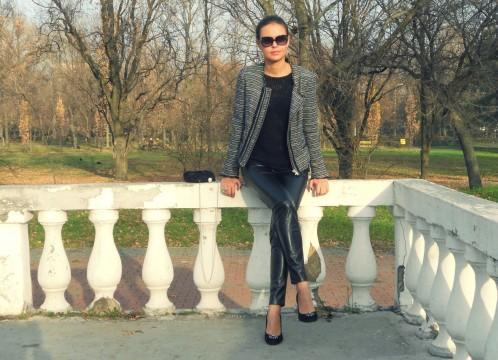 leather-pants-tweed-jacket