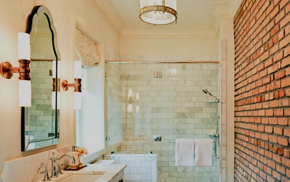 Brick-Wall-Traditional-Bathroom