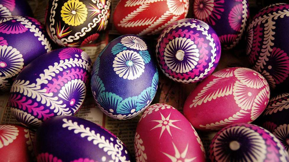 Colorful-Easter-Eggs-31