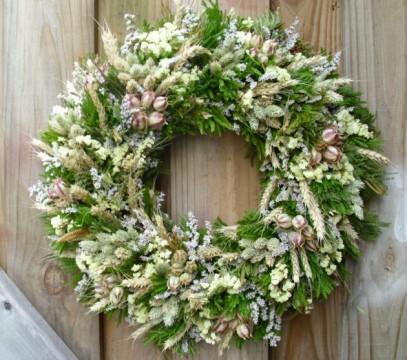green-dried-flower-wreath