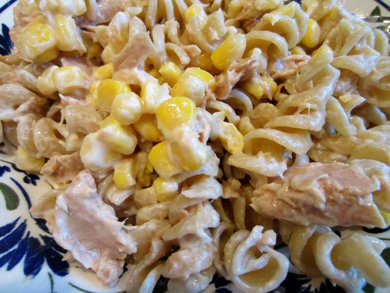 pasta-salad-with-tuna
