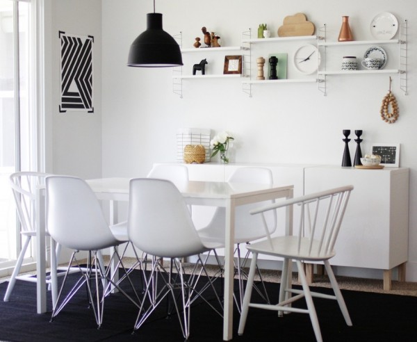 casual-black-and-white-dining-room-e1348779148531