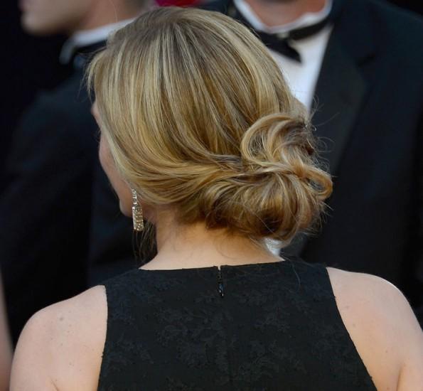Julia Roberts (πίσω όψη χτενίσματος)