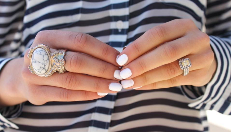 white-nails-cover