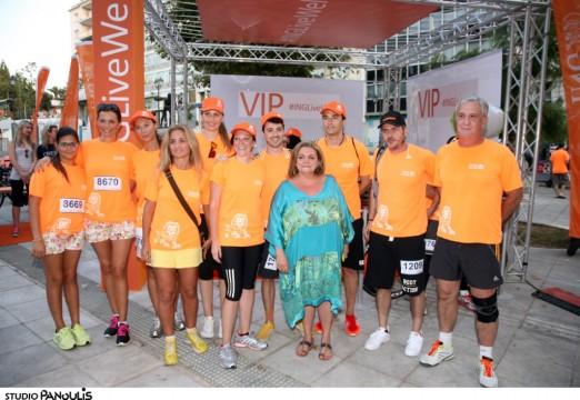 Από την ING ο CEO Luis Miguel Gomez, η Διευθύντρια Marketing Karina Pereira με τους Πρεσβευτές της ING για τους Φίλους του Παιδιού Δώρα Χρυσικού, Μαρία Πολύζου, Εύη Μωραϊτίδου, Άκη Ζήκο, Έμυ Λιβανίου, Μάριο Αθανασίου και την Πρόεδρο του Σωματείου Φίλοι του Παιδιού κα Μαριλένα Μαμιδάκη