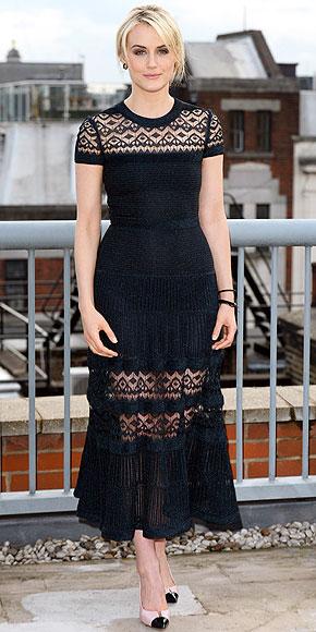 Summer Trend 2014  Η φούστα με τη διάφανη φάσα  d00d9d6be37