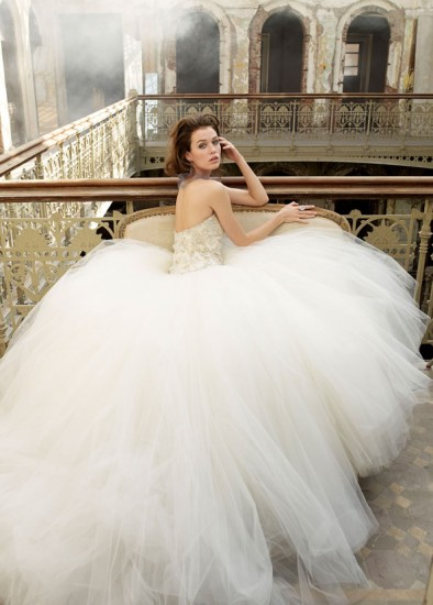 wedding-gown-panoramic