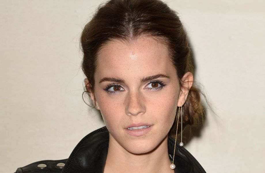 Emma-Watson-earrings-2