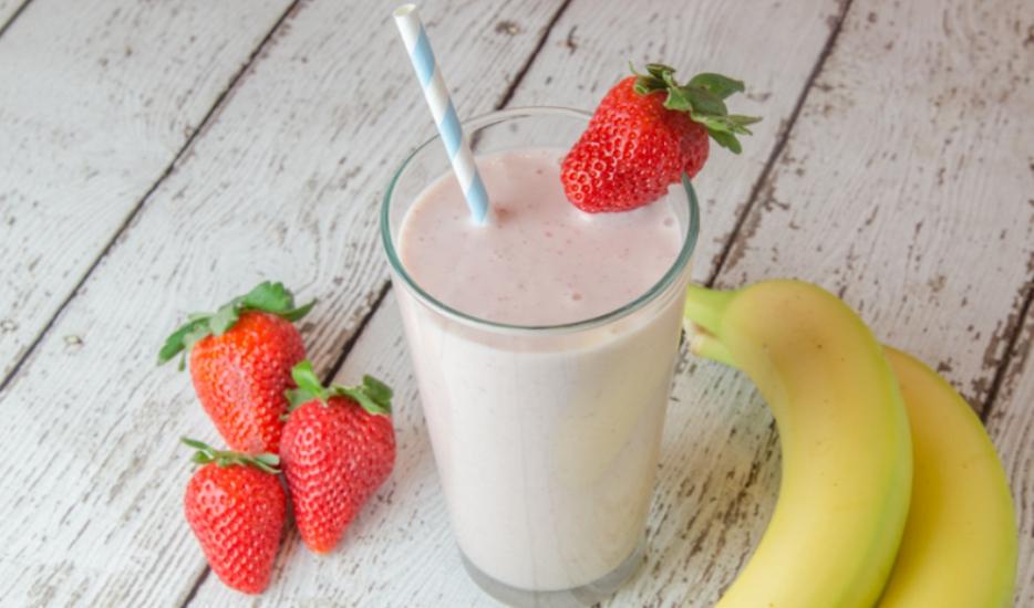 Strawberries-Banana-Smoothie1