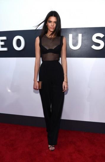 Kendall-Jenner-worst-dressed-2014-MTV-Video-Music-Awards