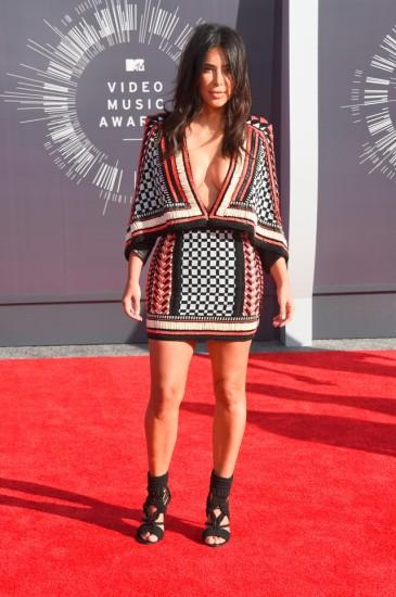 Kim-Kardashian-VMAs-2014