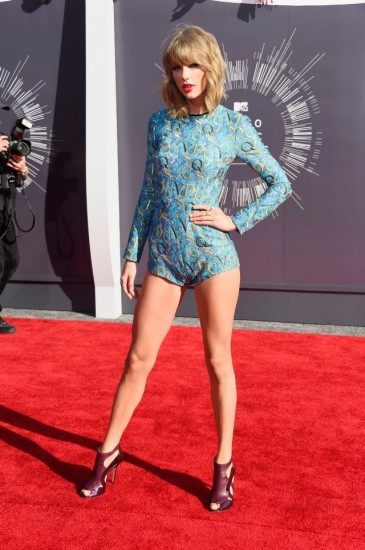 Taylor-Swift-in-a-leotard-worst-dressed-2014-MTV-Video-Music-Awards