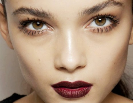 gothic-red-summer-makeup-look