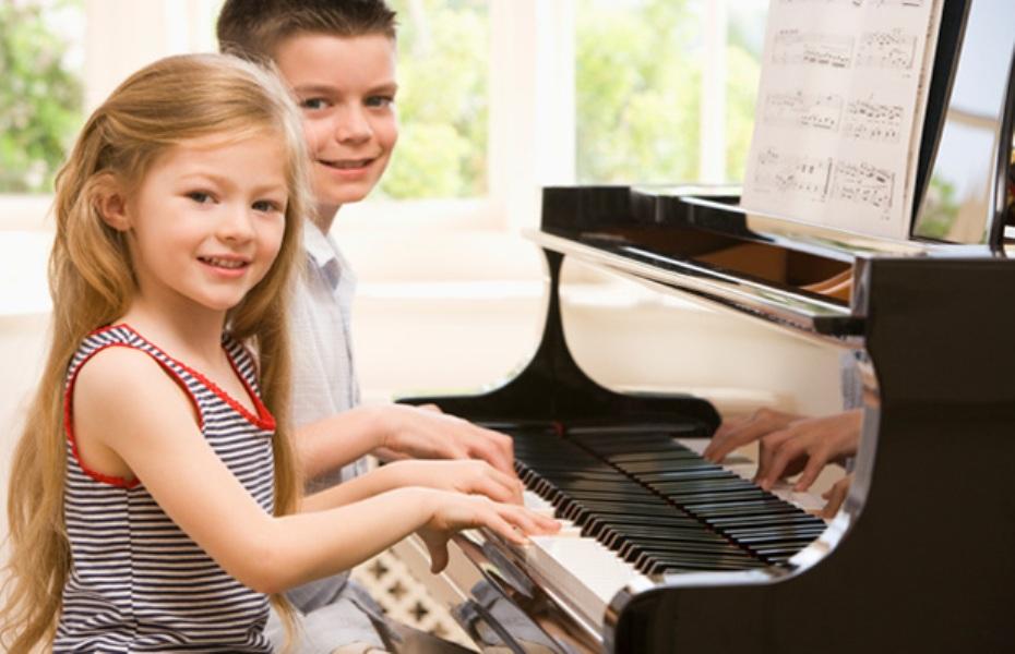 children-piano