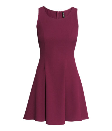 Crêpe dress σε κόκκινου Βουργουνδίας H&M (19,99€)