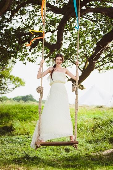 Festival-wedding-look-3-02