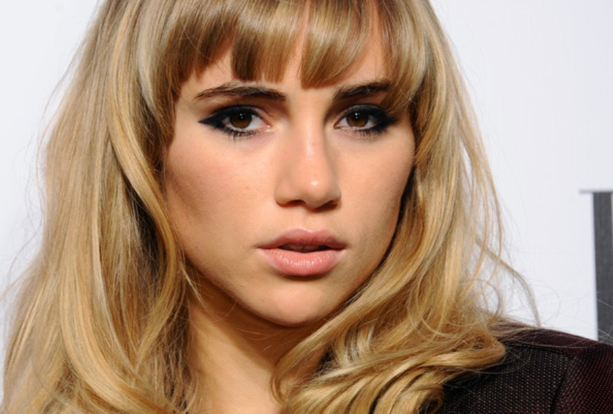Suki+Waterhouse+Long+Hairstyles+Long+Wavy-swag