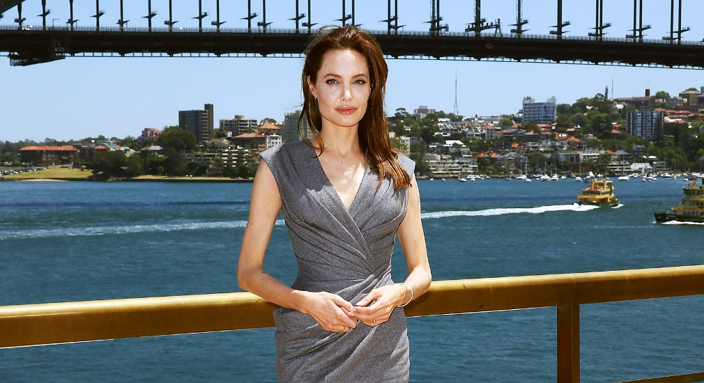 angelina-jolie-grey-dress-1