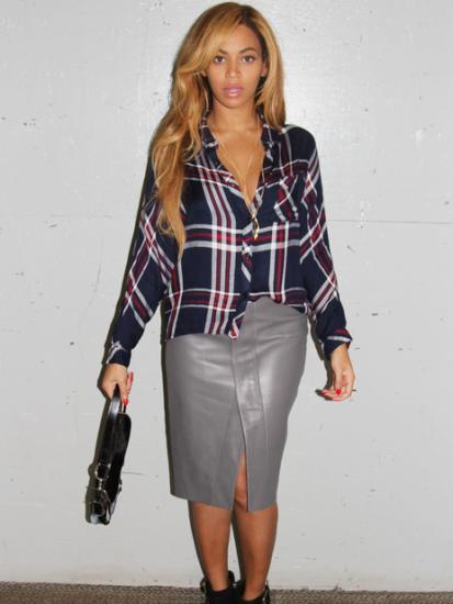 beyonce-way-leather-skirt